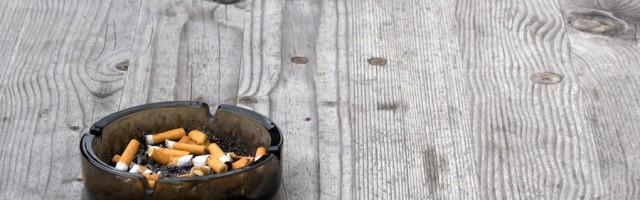 mietminderung rauchende nachbarn in der wohnung oder auf dem balkon. Black Bedroom Furniture Sets. Home Design Ideas
